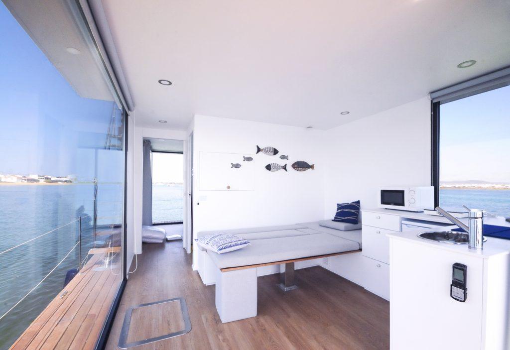 Sala Quarto - Alojamento barco casa na Ria Formosa, Faro, Algarve, Portugal